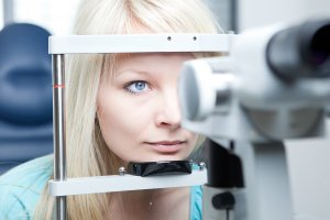 Cataract Risk Factors for Adults from Chicago's Gerstein Eye Institute
