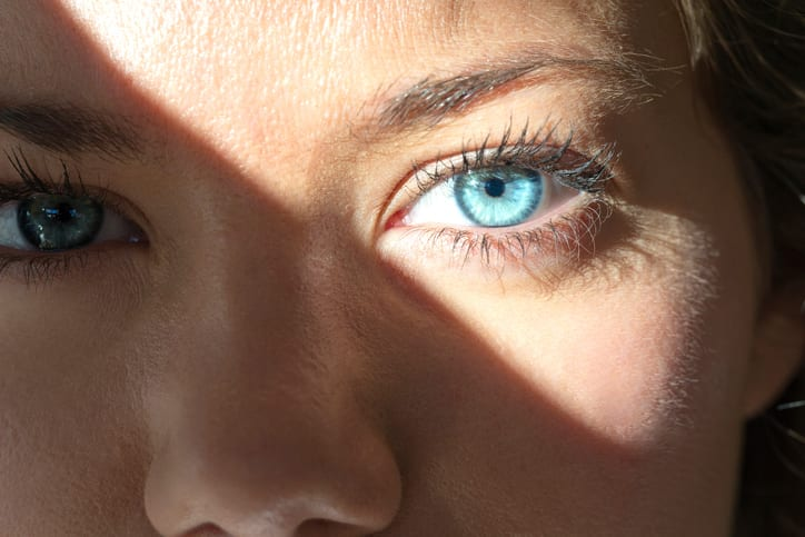 Bright light affects for your vision in Chicago